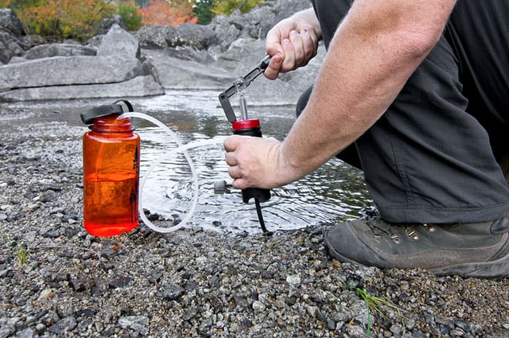 How To Choose The Best Water Bottle For Survival And Outdoor Applications