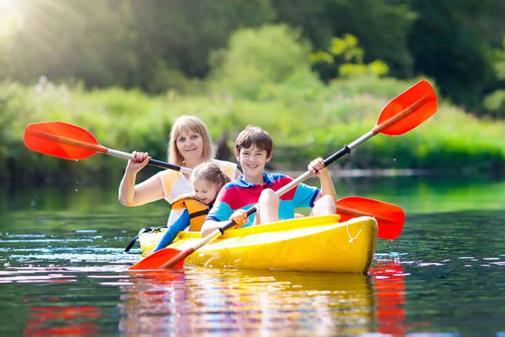 What You Should Know Before Taking Your Family Kayaking