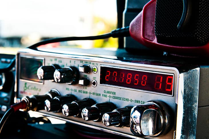 Why You Need the Best CB Radio in Your Vehicle