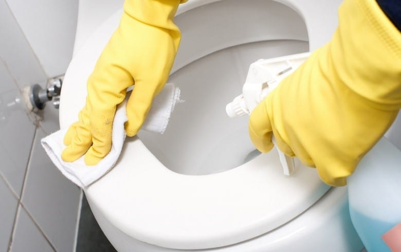 How To Clean An RV Toilet: 3 Effective Ways | Rainy Adventures